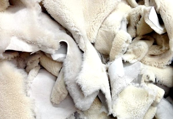 Шкурки овчины для дубленки длить